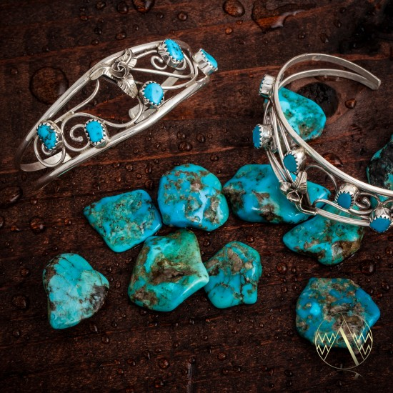 Indian Navajo handmade in Arizona Turquoise Love Heart wire bending with sleeping beauty turquoise Tredy Modern Sterling Silver