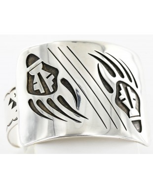 Bear Paw Certified Authentic Navajo .925 Sterling Silver Signed Native American Bracelet 12476