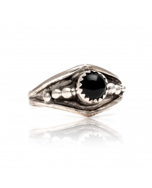 Black Onyx .925 Sterling Silver Certified Authentic Navajo Native American Handmade Ring 13204-1