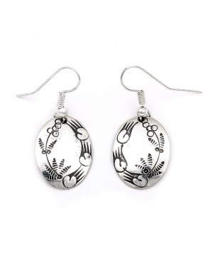 Flower Bear Paw .925 Starling Silver Certified Authentic Handmade Navajo Native American Earrings  27260-7